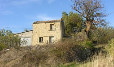 Casa di campagna in pietra in vendita a roccaspinalveti - Ristrutturare casale di campagna ...