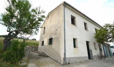 Facciata casa in pietra good idee per la facciata di una for I piani rossi della casa del cottage