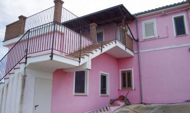 Villa San Romualdo,Castilenti,2 Locali Locali,1 BagnoBagni,Casa indipendente,Via Gran Sasso ,1414