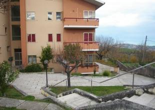 Atri,3 Locali Locali,2 BagniBagni,Appartamento,Viale Aldo Moro,1453