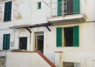 Atri,1 Locale Locali,2 BagniBagni,Casa indipendente,Vico Tintoretto 18,1456